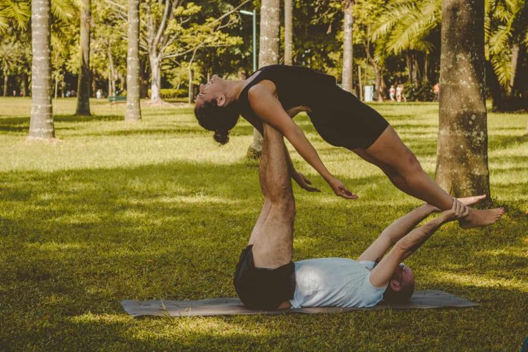 11 Partner Yoga Poses for Couples to Build Intimacy