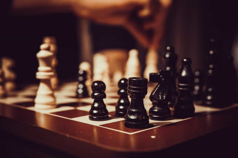 4 Types of Management Styles to Master to Become a Strong Leader