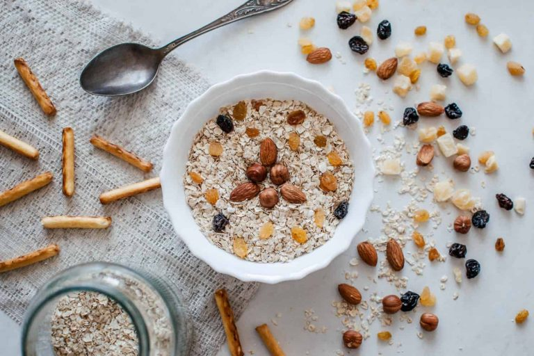 What To Eat Before Morning Workout (10 Simple Breakfast Ideas)